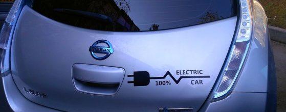 electric-car-1718679_1280